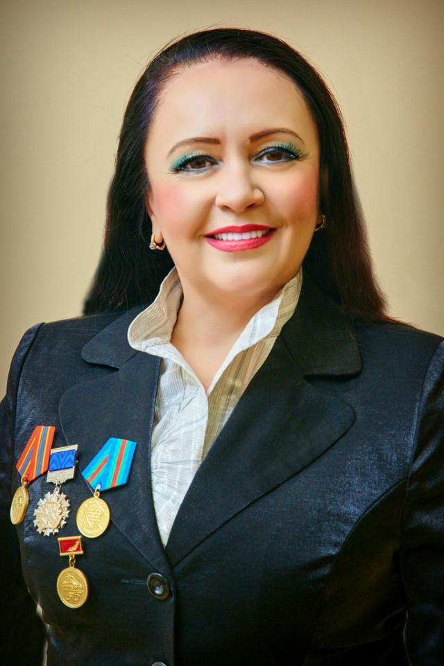 Елена Бахромкина