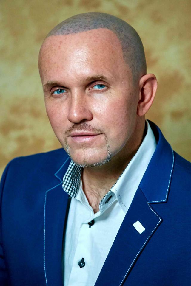 Олег Лужецкий